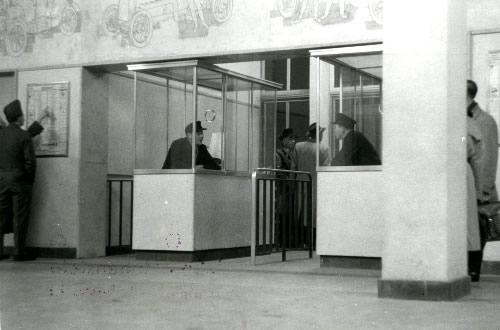 Bahnhof_Ruesselsheim_500_2